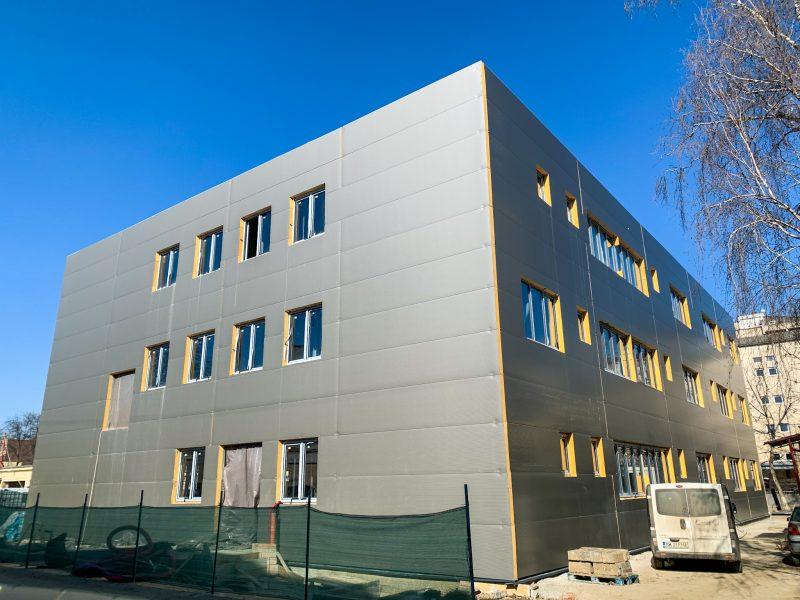 Clădire nouă, secție ultramodernă în curtea Spitalului Județean Satu Mare