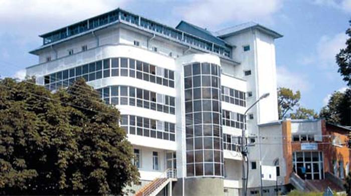 Primarul din Negreşti anunţă că ar putea începe reabilitarea spitalului din  localitate, închis în 2011