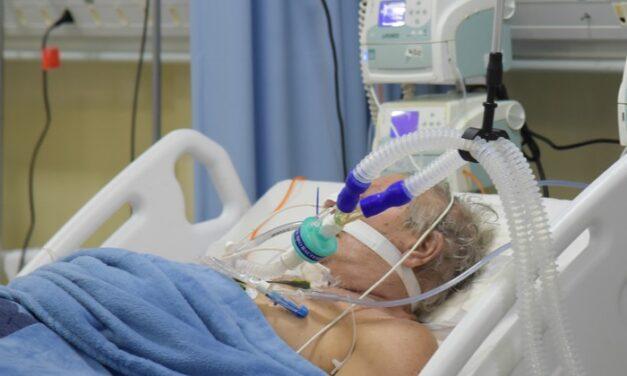 Hunedoara: Medicii specialişti ATI sunt insuficienţi în situaţia creşterii cazurilor de COVID-19