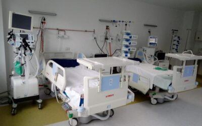Premierul Cîţu estimează că necesarul de paturi ATI pentru COVID-19 ar putea creşte la 2.000